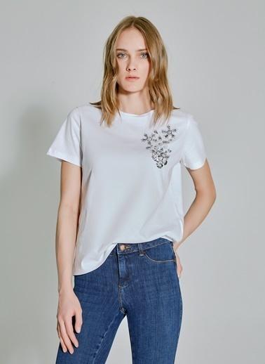 People By Fabrika Taş ve Nakış Detaylı Tişört Beyaz